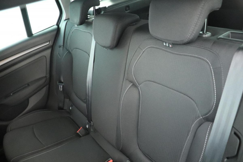 Renault Megane Estate IV ESTATE Blue dCi 115 Zen Gris occasion à Seclin - photo n°6