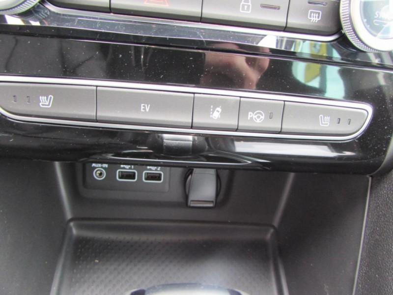 Renault Megane Estate IV ESTATE E-TECH Plug-In Hybride Blanc occasion à VALFRAMBERT - photo n°13