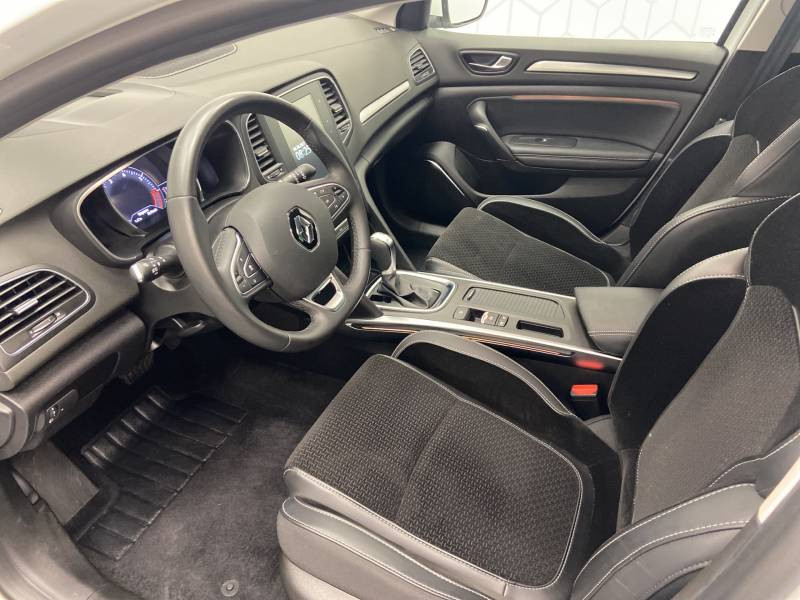 Renault Megane Estate IV ESTATE TCe 160 EDC FAP Intens Blanc occasion à Mont de Marsan - photo n°11