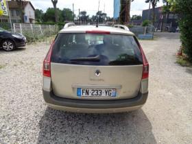 Renault Megane II 1.6 16V 110CH CONFORT AUTHENTIQUE BVA Beige occasion à Aucamville - photo n°6