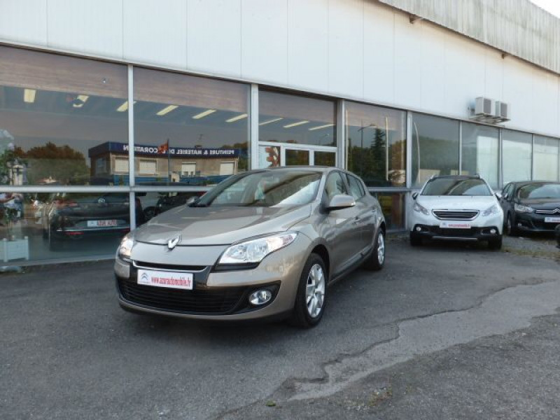 Renault Megane III 1.5 DCI110 FAP EXPRESSION ECO² Beige occasion à TOULOUSE