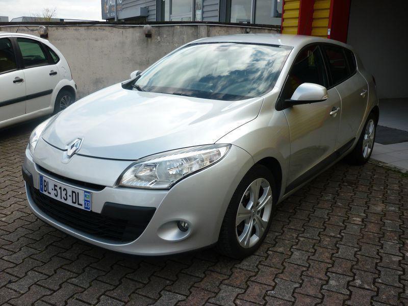 Renault Megane III occasion 2011 mise en vente à Portet-sur-Garonne par le garage LOOK AUTOS - photo n°1