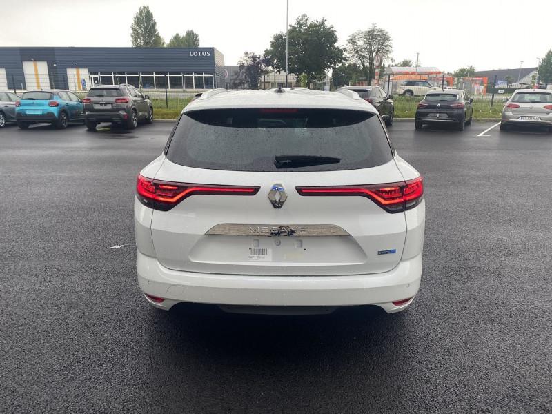 Renault Megane IV 1.6 E-TECH PLUG-IN 160CH BUSINESS Blanc occasion à Serres-Castet - photo n°3