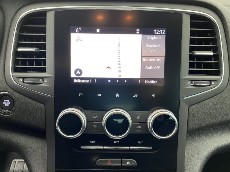 Renault Megane IV TCE 140 EDC FAP ZEN Blanc occasion à SAINT-GREGOIRE - photo n°12
