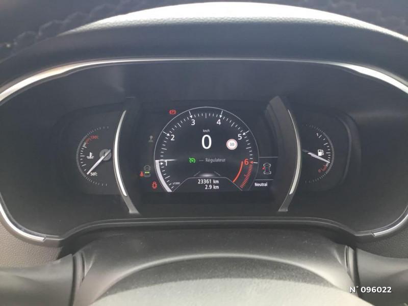 Renault Megane 1.3 TCe 140ch energy Intens Gris occasion à Compiègne - photo n°12