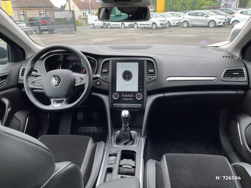 Renault Megane 1.3 TCe 140ch FAP Intens Gris occasion à Crépy-en-Valois - photo n°10