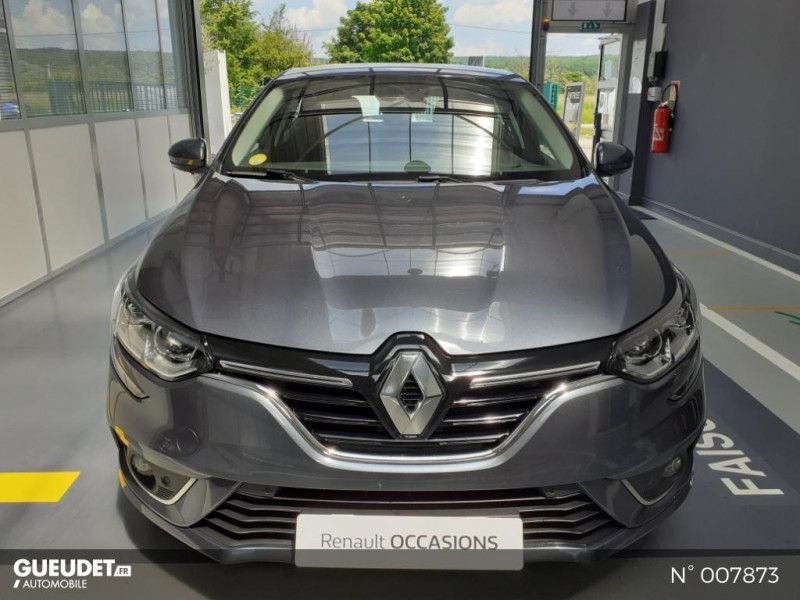 Renault Megane 1.5 Blue dCi 115ch Business Gris occasion à Saint-Just - photo n°2