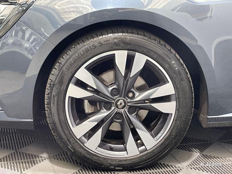 Renault Megane 1.5 Blue dCi 115ch Intens Gris occasion à Évreux - photo n°9