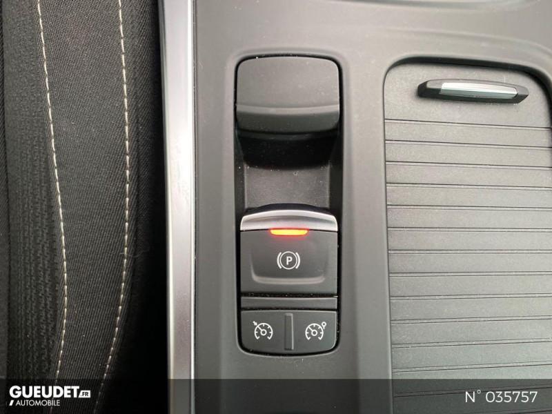 Renault Megane 1.5 dCi 110ch energy Limited EDC Noir occasion à Abbeville - photo n°15