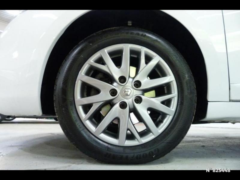 Renault Megane 1.5 dCi 90ch Limited eco² Blanc occasion à Avon - photo n°9