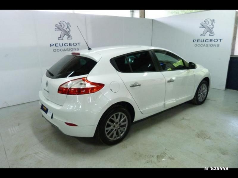 Renault Megane 1.5 dCi 90ch Limited eco² Blanc occasion à Avon - photo n°17