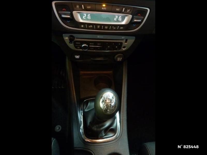 Renault Megane 1.5 dCi 90ch Limited eco² Blanc occasion à Avon - photo n°14