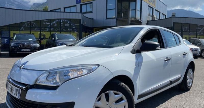 Renault Megane 1.6 16V 110CH ECO² Blanc occasion à VOREPPE