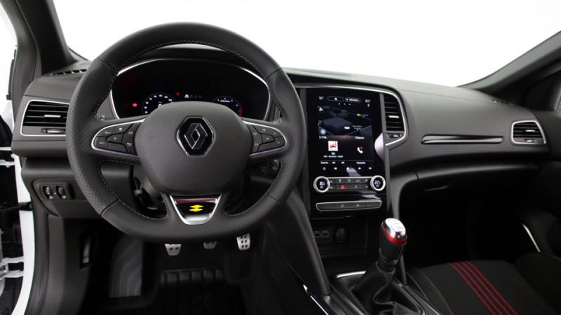 Renault Megane 5P 1.3 TCe 140ch Manuelle/6 Intens Blanc occasion à SAINT-GREGOIRE - photo n°12