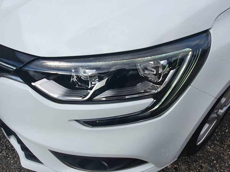 Renault Megane IV BERLINE BUSINESS Blue dCi 115 Blanc occasion à Moncassin - photo n°12