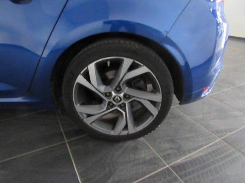 Renault Megane IV BERLINE dCi 165 Energy EDC GT Bleu occasion à FLERS - photo n°3