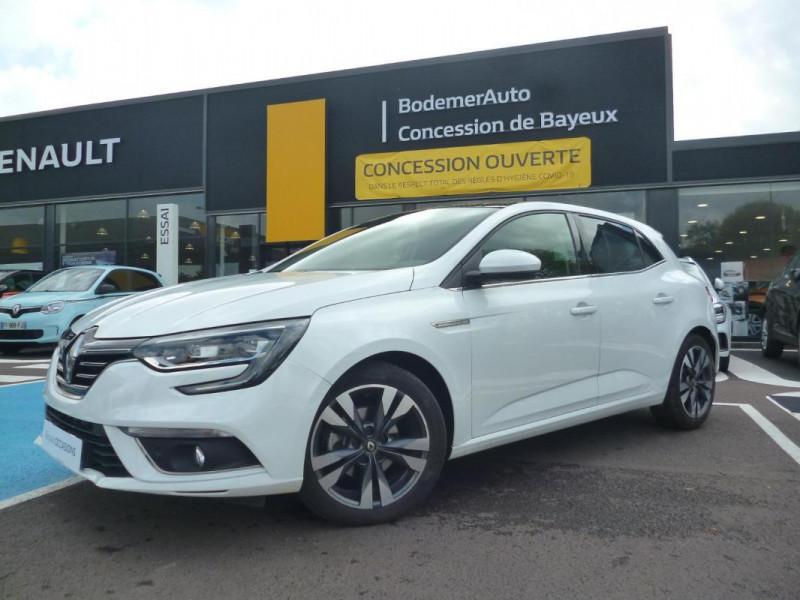 Renault Megane IV BERLINE TCe 140 EDC FAP Intens Blanc occasion à BAYEUX