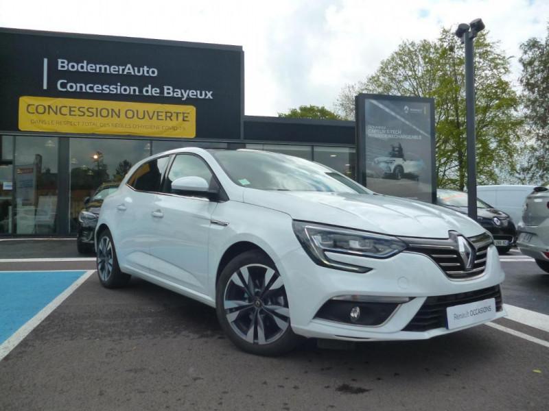 Renault Megane IV BERLINE TCe 140 EDC FAP Intens Blanc occasion à BAYEUX - photo n°2