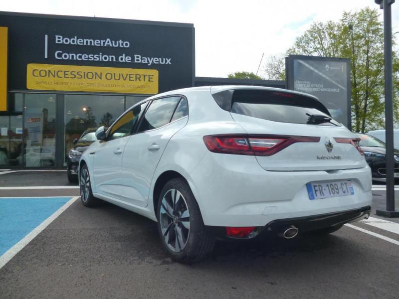 Renault Megane IV BERLINE TCe 140 EDC FAP Intens Blanc occasion à BAYEUX - photo n°4