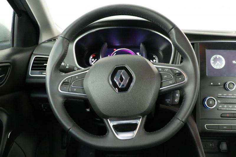 Renault Megane IV BERLINE TCe 140 FAP Intens Gris occasion à La Garde - photo n°11
