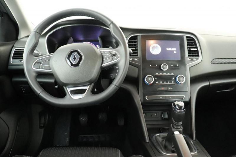 Renault Megane IV BERLINE TCe 140 FAP Intens Gris occasion à La Garde - photo n°5