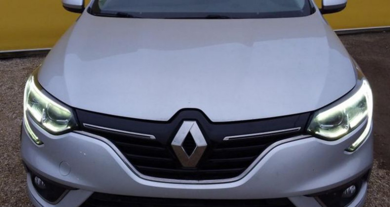 Renault Megane IV BUSINESS Berline dCi 90 Energy Gris occasion à Fontenay-le-vicomte - photo n°2