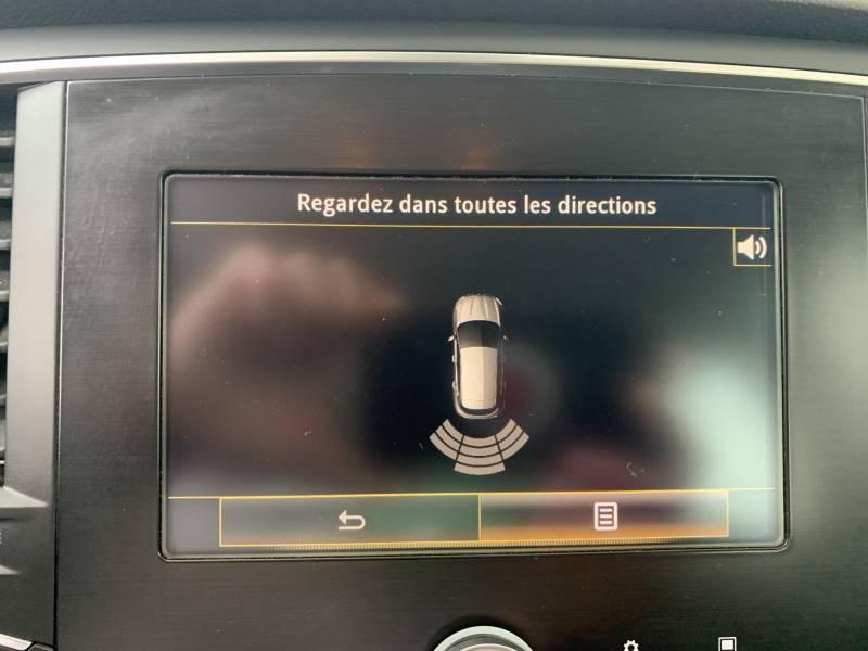 Renault Megane IV SOCIETE DCI 110 ENERGY AIR NAV REVERSIBLE Blanc occasion à Aire sur Adour - photo n°18