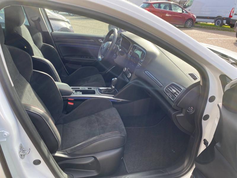 Renault Megane Mégane IV Estate E-TECH Plug-In Hybride 160 R.S. Line 5p Blanc occasion à Agen - photo n°9