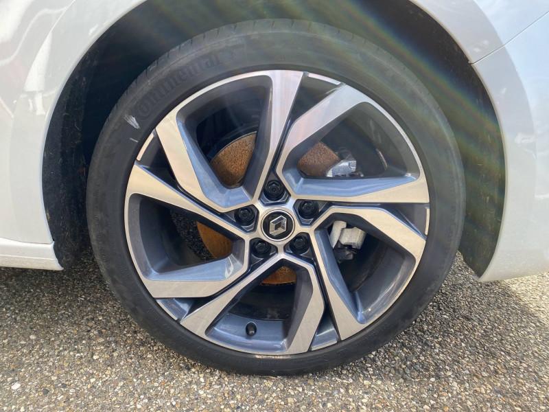 Renault Megane Mégane IV Estate E-TECH Plug-In Hybride 160 R.S. Line 5p Blanc occasion à Agen - photo n°6