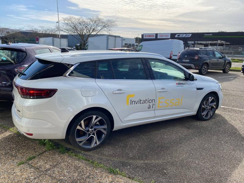 Renault Megane Mégane IV Estate E-TECH Plug-In Hybride 160 R.S. Line 5p Blanc occasion à Agen - photo n°5