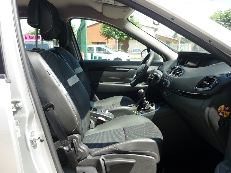 Renault Scenic III 1.6 DCI 130CH ENERGY DYNAMIQUE ECO² Gris occasion à Toulouse - photo n°8