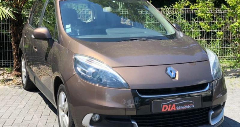 Renault Scenic 1.5 DCI 110CH BUSINESS EDC Marron occasion à COLMAR