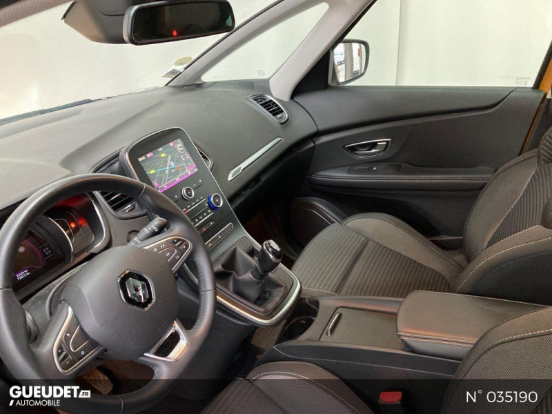 Renault Scenic 1.5 dCi 110ch energy Business Jaune occasion à Abbeville - photo n°13