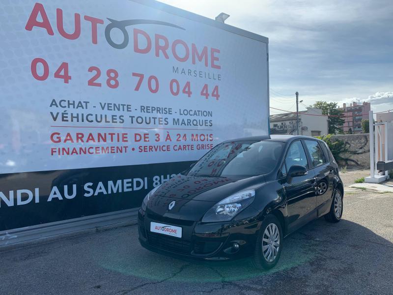 Renault Scenic occasion 2010 mise en vente à Marseille 10 par le garage AUTODROME - photo n°1