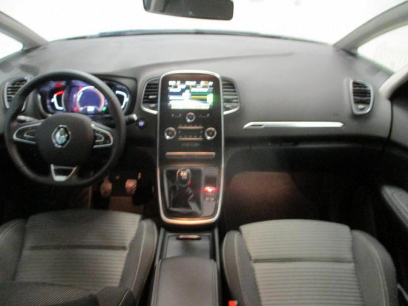 Renault Scenic IV BUSINESS Blue dCi 120 Gris occasion à CHERBOURG-EN-COTENTIN - photo n°7