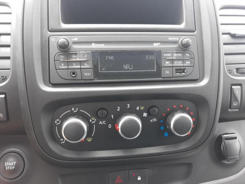 Renault Trafic FOURGON FGN L1H1 1000 KG DCI 120 Blanc occasion à COUTANCES - photo n°5