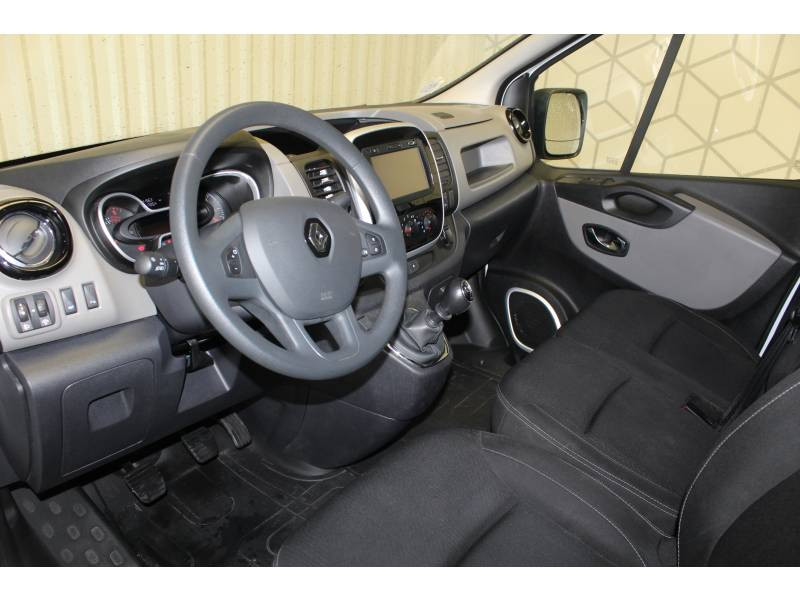 Renault Trafic FOURGON FGN L1H1 1000 KG DCI 125 ENERGY E6 GRAND CONFORT Blanc occasion à TARBES - photo n°7