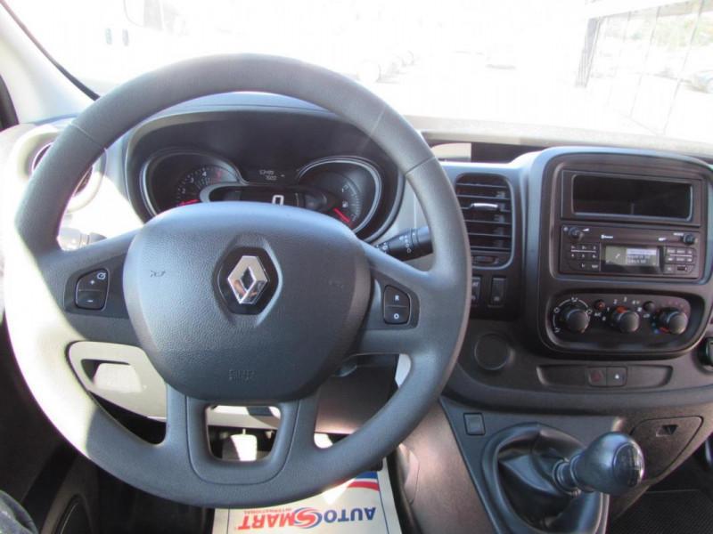 Renault Trafic FOURGON FGN L1H1 1000 KG DCI 95 E6 Blanc occasion à VALFRAMBERT - photo n°4