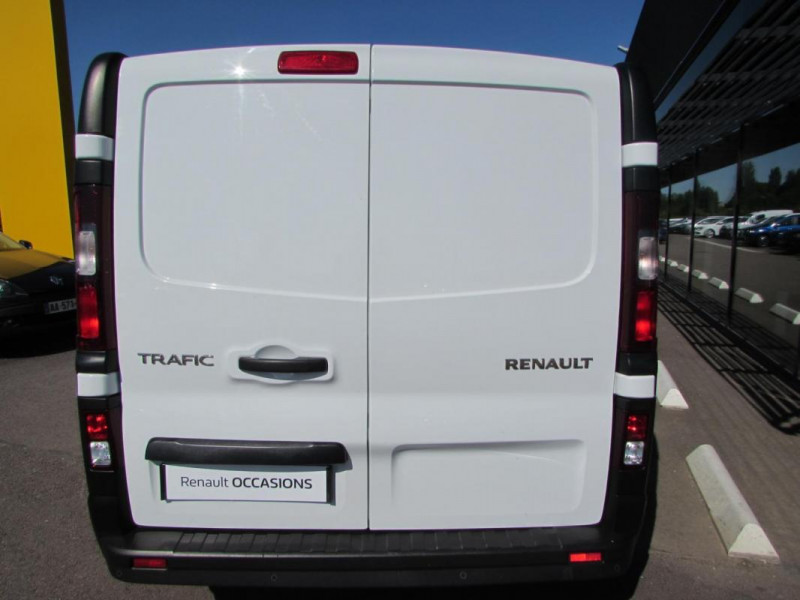 Renault Trafic FOURGON FGN L1H1 1000 KG DCI 95 E6 Blanc occasion à VALFRAMBERT - photo n°9