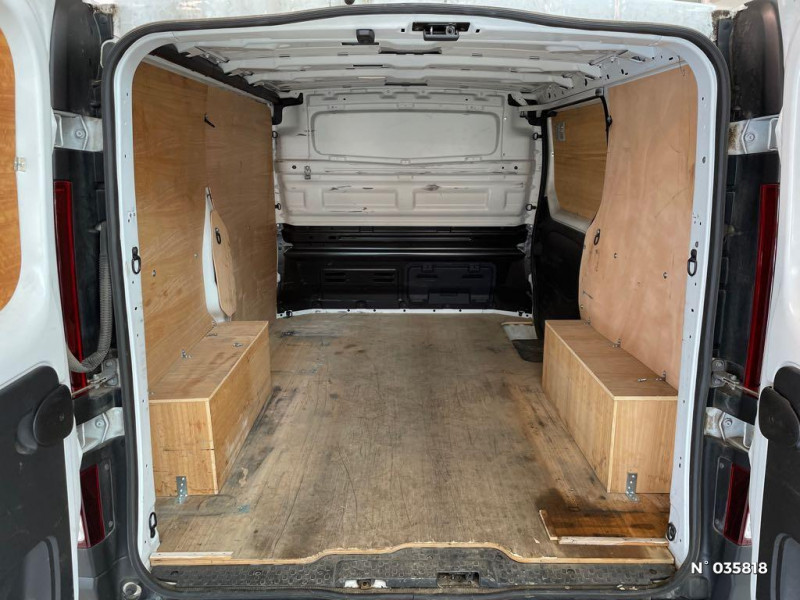 Renault Trafic L1H1 1000 1.6 dCi 95ch Stop&Start Confort Euro6 Blanc occasion à Beauvais - photo n°14