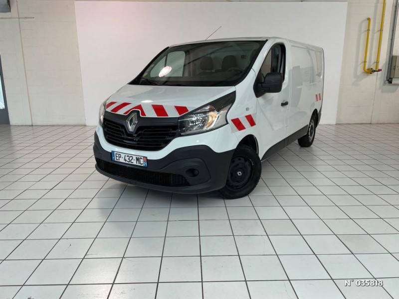 Renault Trafic L1H1 1000 1.6 dCi 95ch Stop&Start Confort Euro6 Blanc occasion à Beauvais - photo n°6