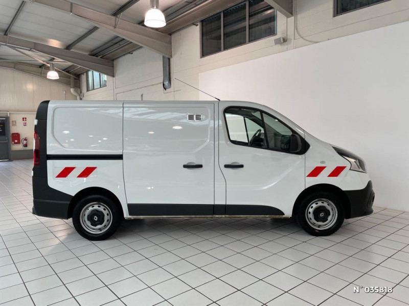 Renault Trafic L1H1 1000 1.6 dCi 95ch Stop&Start Confort Euro6 Blanc occasion à Beauvais - photo n°7