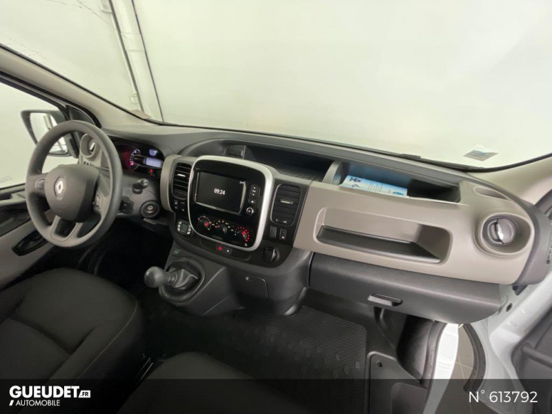 Renault Trafic L2H1 1200 1.6 dCi 125ch energy Confort Blanc occasion à Rivery - photo n°9
