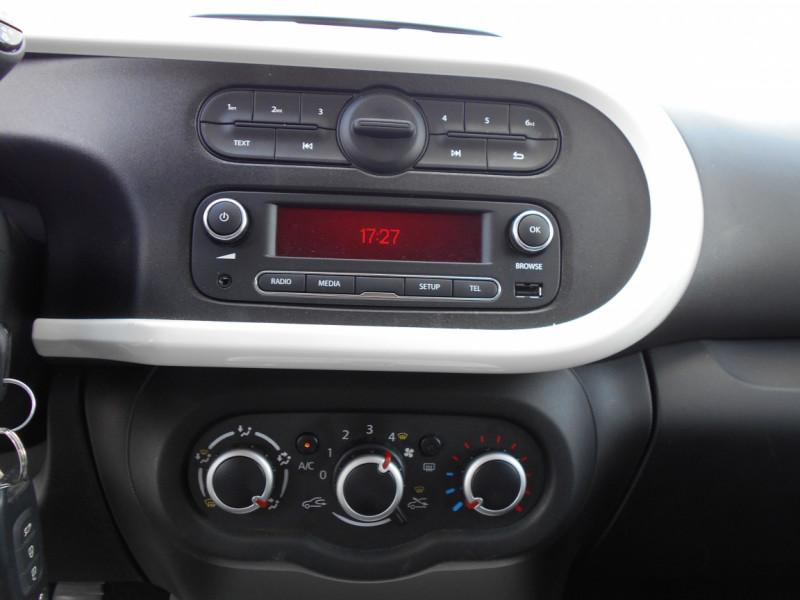 Renault Twingo 3 0.9 TCe 90 Energy E6C Intens Gris occasion à Bessières - photo n°5