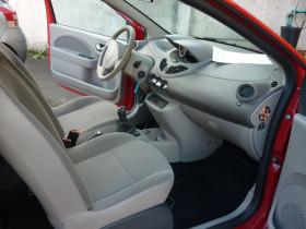 Renault Twingo II 1.5 dCi 65ch Expression Rouge occasion à Portet-sur-Garonne - photo n°7