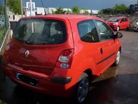 Renault Twingo II 1.5 dCi 65ch Expression Rouge occasion à Portet-sur-Garonne - photo n°3