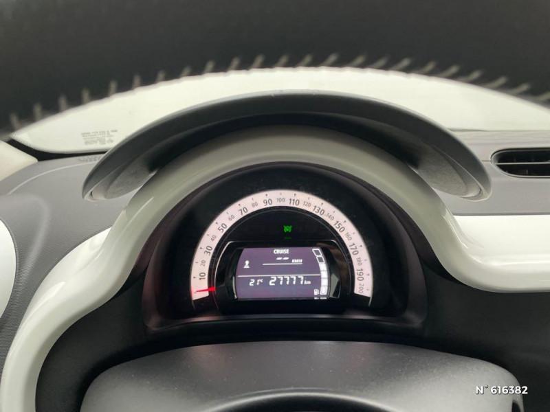 Renault Twingo 0.9 TCe 90ch energy Intens Euro6c Noir occasion à Rivery - photo n°12