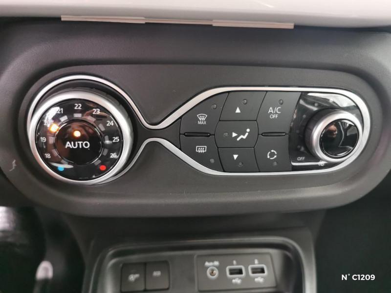 Renault Twingo 0.9 TCe 95ch Intens - 20 Blanc occasion à Saint-Just - photo n°10