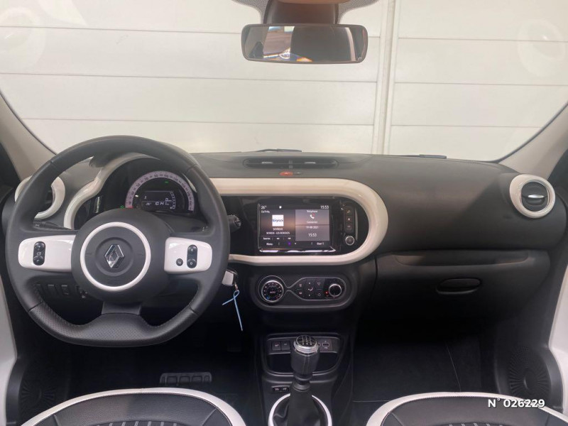 Renault Twingo 0.9 TCe 95ch Intens Gris occasion à Seynod - photo n°10