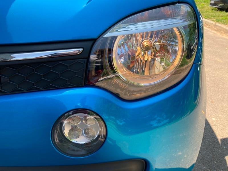Renault Twingo 1.0 SCe 70ch Intens Boîte Courte Euro6 Bleu occasion à Saint-Doulchard - photo n°14
